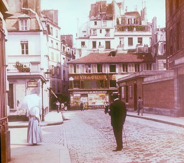 http://www.burtonholmes.org/business/MontmartreSquareParis1895.jpg